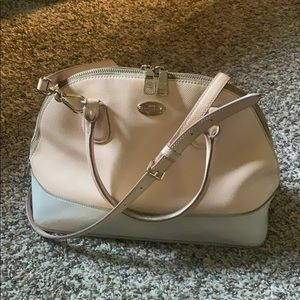 🔥SALE🔥Coach mini Satchel peach and white leather